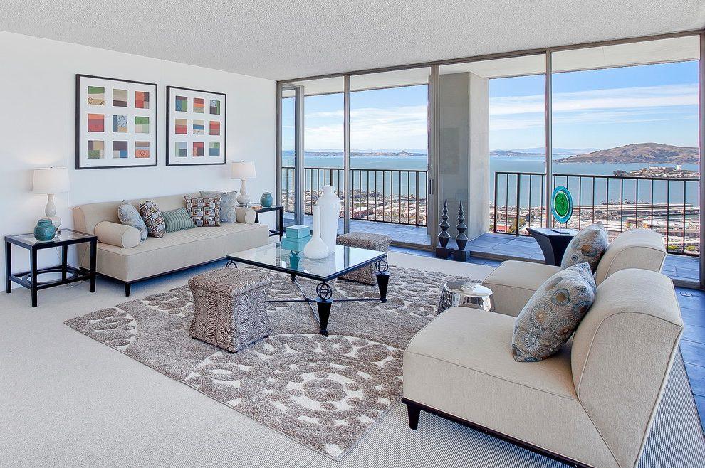 Gam màu thảm trải sàn tương ứng với ghế sofa, giúp không gian sinh hoạt tiện lợi hơn