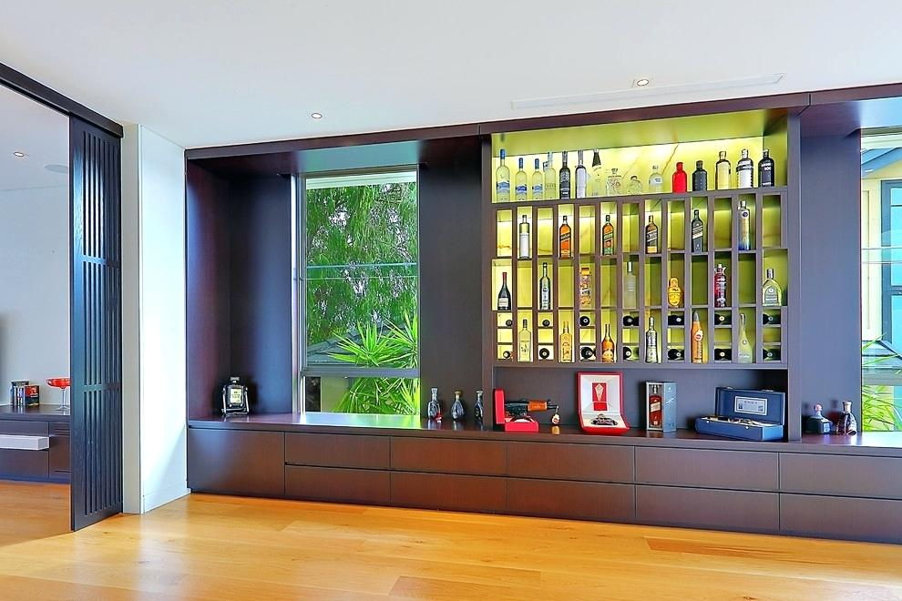 tủ rượu kèm kệ trang trí sang chảnh phong cách luxury