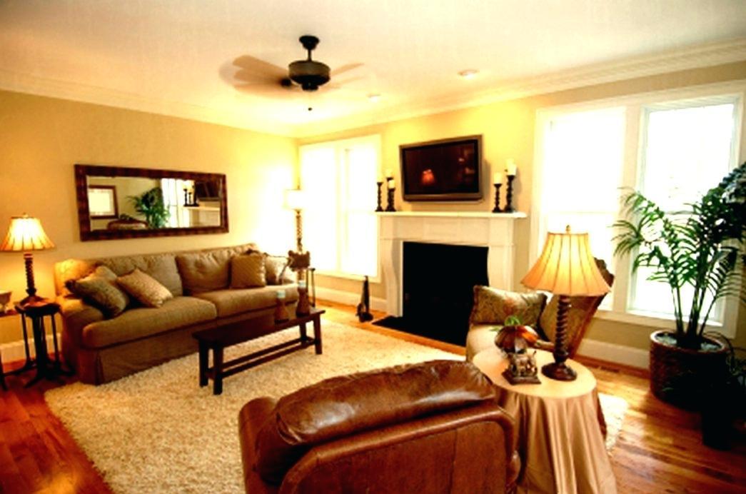 thiết kế nội thất phòng khách chung cư gam màu vàng ánh kim