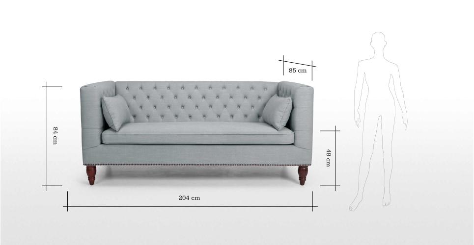 Mẫu ghế sofa có chiều dài khoảng 2m phù hợp với phòng khách chung cư