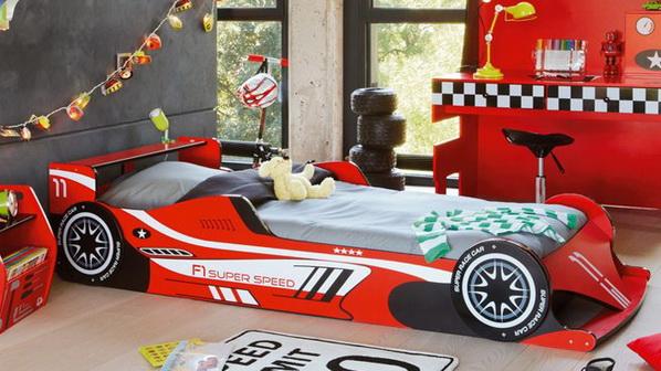 Mẫu giường cực kỳ tốc độ dành cho bé trai đam mê xe cộ