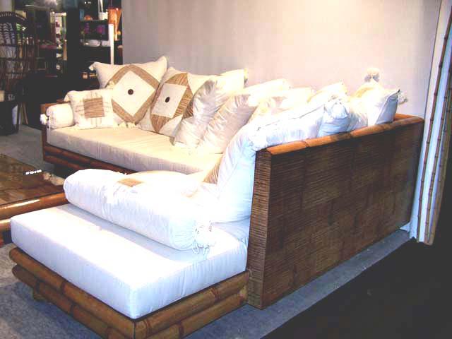 ghế sofa tre đẹp góc màu trắng