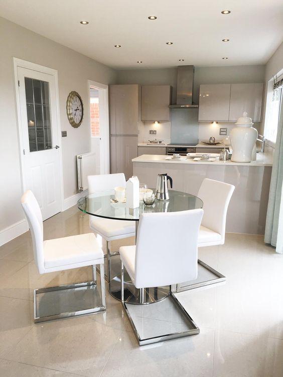 phòng khách liền kề phòng bếp chung cư hiện đại