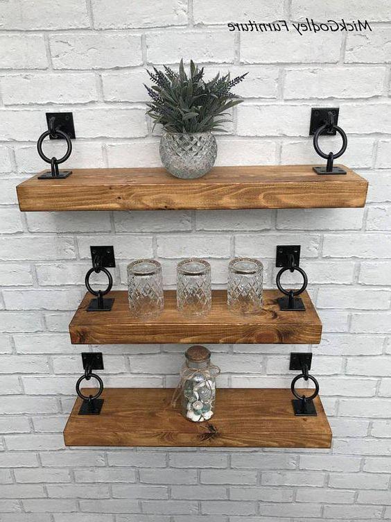 kệ trang trí phòng khách bằng gỗ đẹp