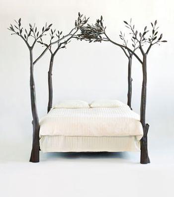 giường ngủ sắt hộp hình cây