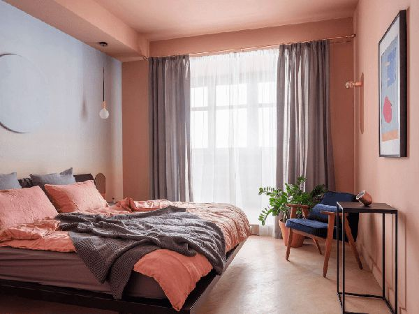 phòng ngủ màu hồng đào sang trọng