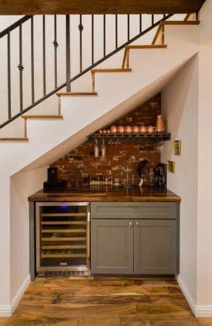 tủ bếp dưới gầm cầu thang đẹp