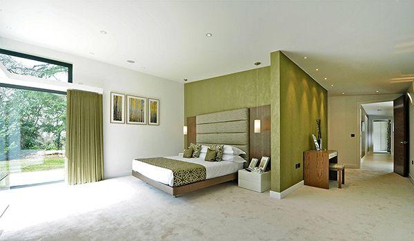 phòng ngủ màu xanh rêu đẹp